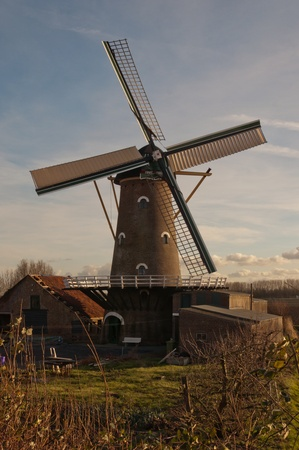 north brabant: The corn mill in the Dutch hamlet Oudemolen (municipality of Moerdijk, North Brabant) has functioned as such until 1965. The restoration was completed in 2008. Stock Photo