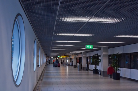 Wide hallway at the Dutch Schiphol Airport.