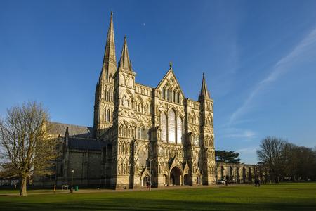 wiltshire: Salisbury cathedral, Salisbury, Wiltshire, England Stock Photo