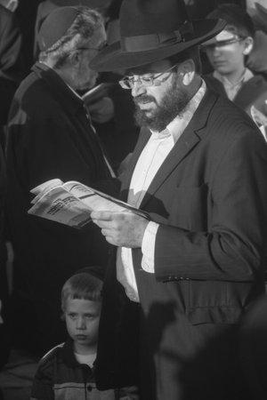 birkat: HAIFA, ISRAEL - APRIL 8  Prayers make sun blessing  Birkat Hachama  at sunrise, April 8, 2009 in Haifa, Israel  This Jewish tradition is performed once in 28 years