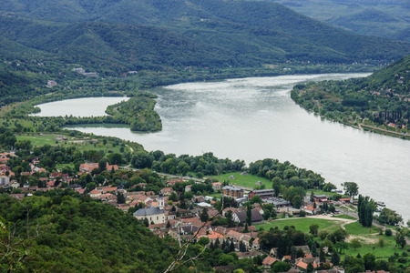 visegrad: The bend of the Danube River  View from Visegrad, Hungary