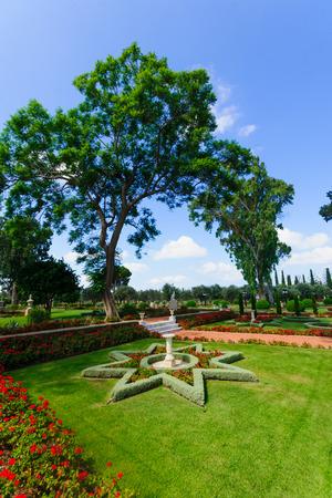 bahai: The Bahai gardens, in Acre, Israel