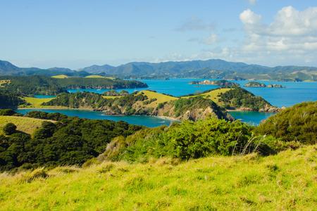 Uitzicht op de oceaan kust bij de oostkant van Northland, North Island, Nieuw-Zeeland Stockfoto