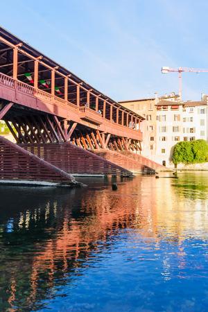 vechio: The Ponte Vecchio (or Ponte degli Alpini) bridge, and the Brenta river, in Bassano del Grappa, Veneto, Italy Stock Photo
