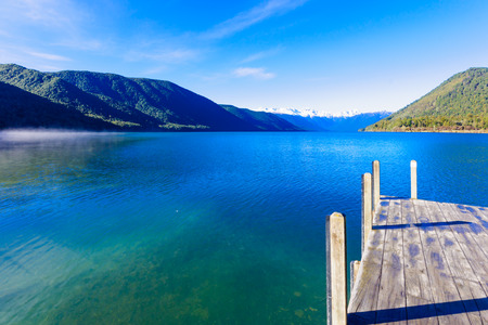 Ochtend uitzicht in Nelson Lakes National Park Nieuw-Zeeland Stockfoto