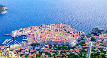 srd: A view on the old city of Dubrovnik from above, in Dalmatia, Croatia