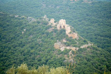 crusade: View of the Montfort Castle, a ruined crusader castle in the Upper Galilee region in northern Israel