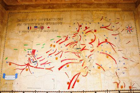 seconda guerra mondiale: Colleville-sur-Mer, Francia - 21 Settembre 2012: La seconda guerra mondiale cimitero americano a Colleville-sur-Mer, Normandia, Francia. Si trova nei pressi del D-day Omaha Beach