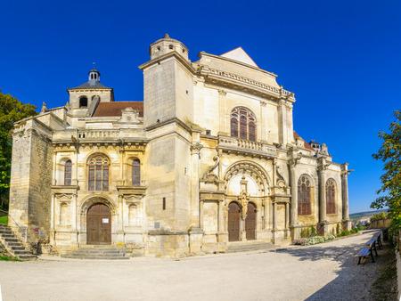 L'église Saint-Pierre, à Tonnerre, Bourgogne, France