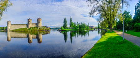 View of the Olavinlinna castle, in Savonlinna, Finland. It is a 15th-century three-tower castle 版權商用圖片