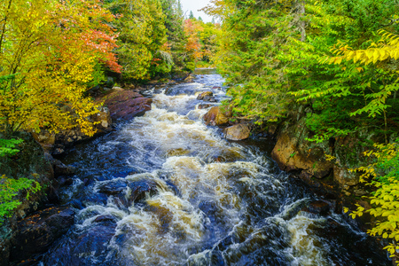 View of the Croches waterfall, in Mont Tremblant National Park, Quebec, Canada Banco de Imagens
