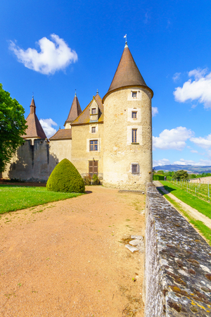 Corcelles-en-Beaujolais, France - May 06, 2019: View of the chateau de Corcelles, in Beaujolais, Rhone department, France Imagens - 124912779