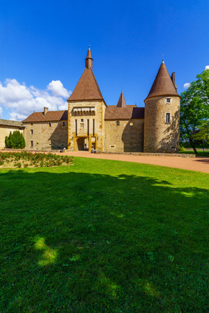 Corcelles-en-Beaujolais, France - May 06, 2019: View of the chateau de Corcelles, in Beaujolais, Rhone department, France Imagens - 124912793