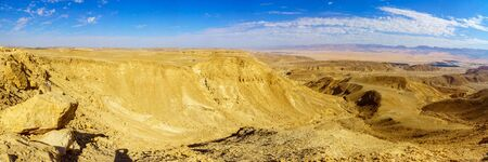 Panoramic landscape of the Arava desert from mount Ayit lookout. Southern Israel Banco de Imagens