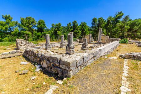 The remains of the ancient synagogue of Naburiya (Nevoraya/Nabratein) in Biriya Forest, the Galilee, Northern Israel Standard-Bild