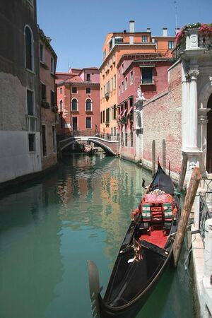 Gondola in Venice Stock Photo - 11918412