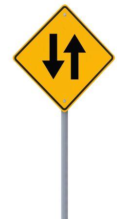 achtung schild: Zwei-Wege-Schild auf wei�em isoliert Lizenzfreie Bilder