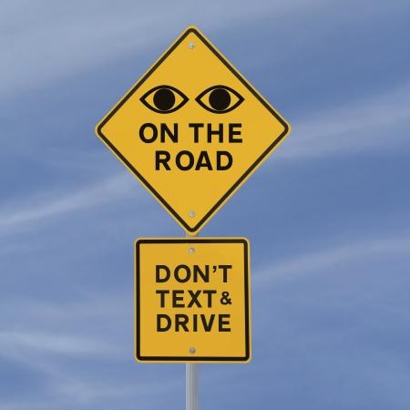 道路安全標識 (青空の背景) 写真素材