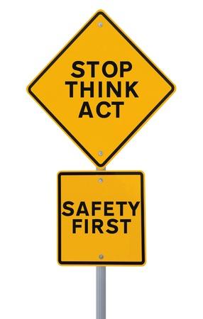 slogan: Una señal de seguridad vial aislado en blanco Foto de archivo