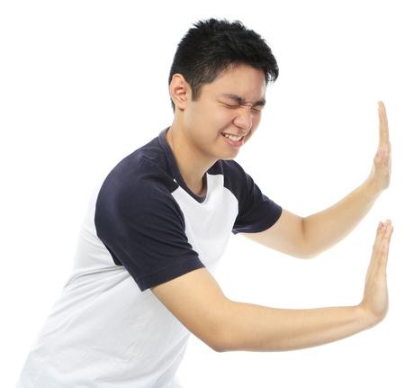 Een tiener duwen op een lege ruimte Stockfoto