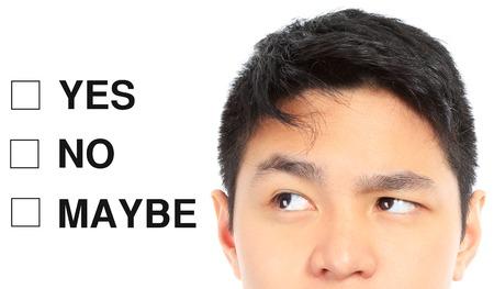 toma de decisiones: Un pensamiento del adolescente sobre su decisión