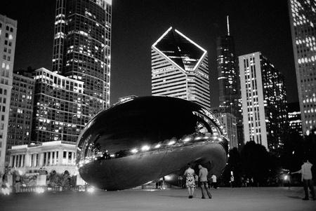 millennium: Chicago Bean at Night