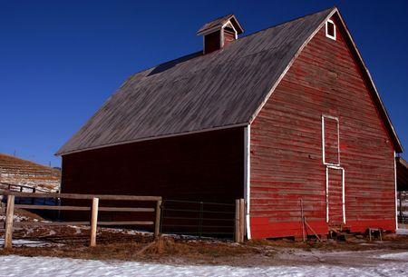 Rustic red Idaho barn in early winter Stock Photo - 828974