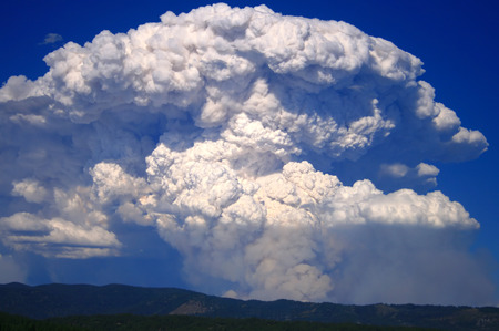 Huge plume over the mountains as the wind kicks up in central Idaho