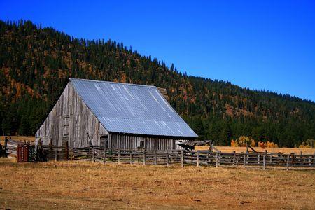 Old Idaho barn in Valley County Idaho Stock Photo - 1977967