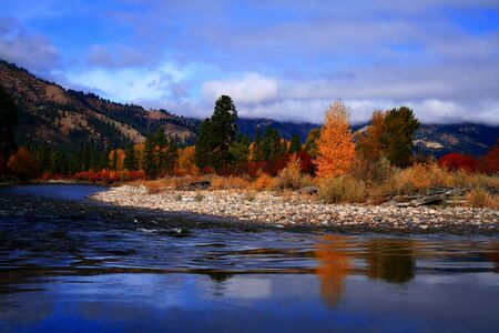 View of south fork of the Payette River from Alder Creek bridge, Idaho Reklamní fotografie