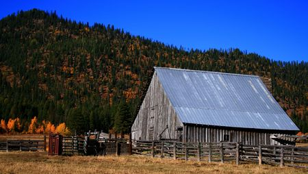 Old Idaho barn in Valley County Idaho Stock Photo - 2009878