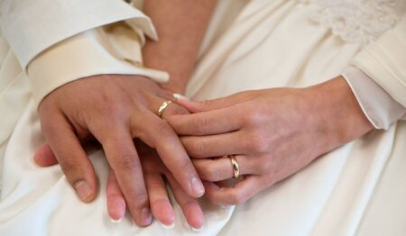 hands wedding photo