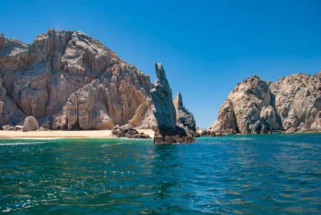 Neptunes Finger is rock formation that is easy to spot along the cliffs outside the marina in Cabo San Lucas, Mexico Stockfoto