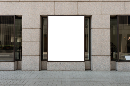 Ladenfront mit großem Fenster