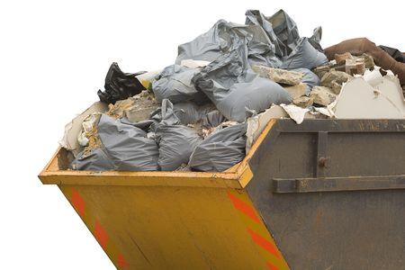 saltar: un salto completo de la basura  bolsas de basura aisladas sobre fondo blanco