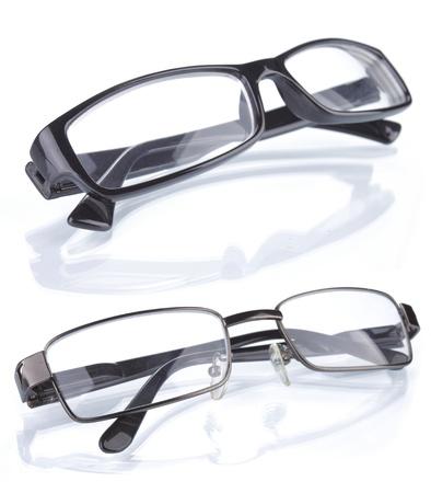 Set mit zwei Gläser isoliert auf weißem Hintergrund Standard-Bild - 9899814
