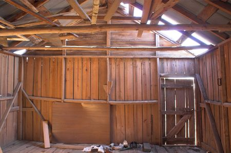 outbuilding: Old Tobacco Barn