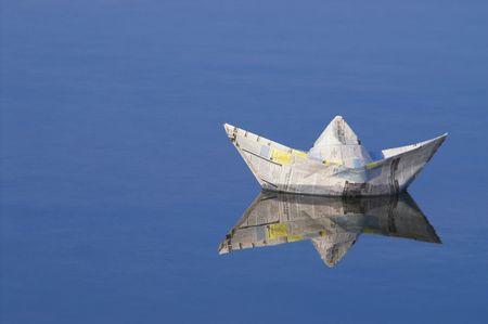 Barco de papel  Foto de archivo - 789314