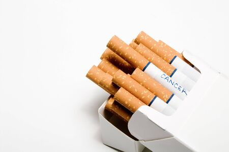 Cigarettes in a white box without the surgeon generals warning. Imagens