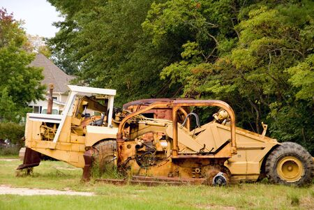 earth mover: An abandoned Earth Mover that has seen better days.