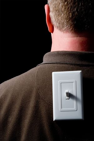 switch on the light: Un hombre con un interruptor de luz en la espalda.