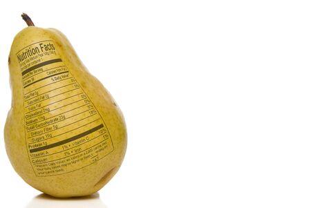 grasas saturadas: Pera Nutricional impreso en la piel de una pera.