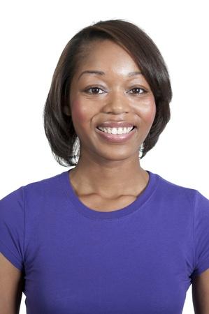 Una bellissima donna americana africana nera con un grande sorriso Archivio Fotografico - 12101559