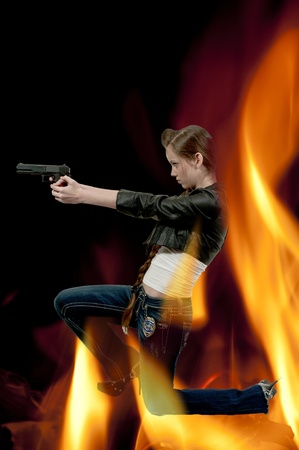 A beautiful police detective woman on the job with a gun Stock Photo - 12547397