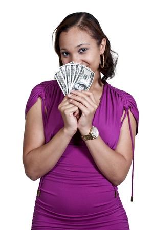 Mooie vrouw met een hand vol van 100 dollar biljetten