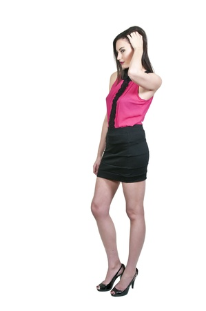 mini jupe: Belle jeune femme sexy dans une robe mini-jupe