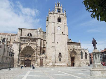 Catedral g�tica en la ciudad de Palencia, Espa�a