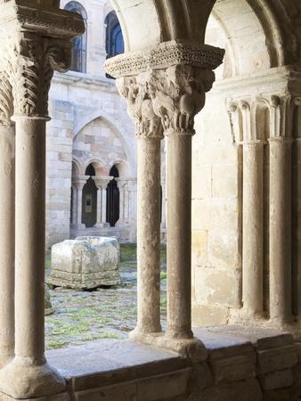 palencia province: medieval cloister s�sta maria la real in Aguilar de campoo, palencia, Spain