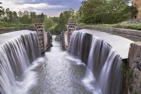 floodgates: channel of Castile of Palencia - spain