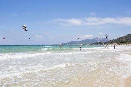 kitesurfen: kitesurfen in Tarifa, Spanje